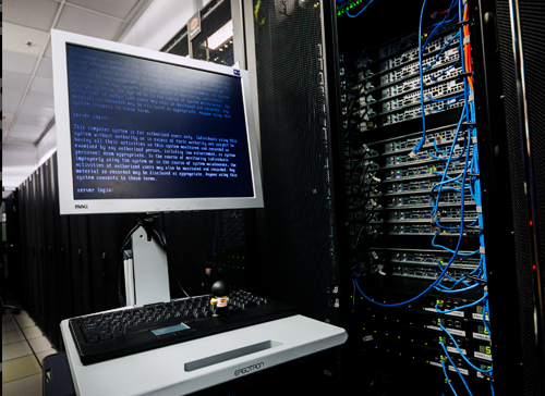 kvm vps vs shared server